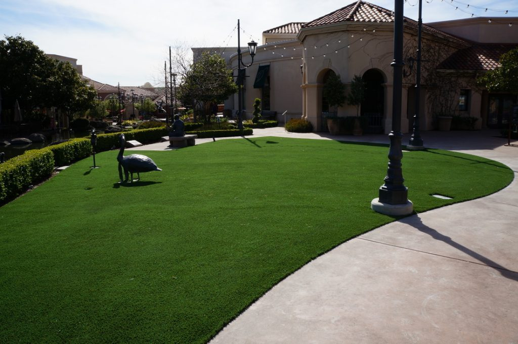 Synthetic Lawn Patio, Deck and Roof Company Lakeside, Best Artificial Grass Deck, Patio and Roof Prices